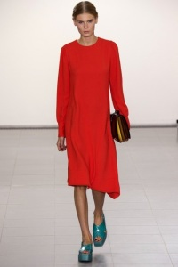 http://www.vogue.co.uk/fashion/spring-summer-2016/ready-to-wear/paul-smith/full-length-photos/gallery/1476783
